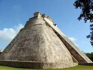 KimTuThap_Uxmal, phia Tay Yucatan-Mexico